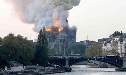 El infierno se apoderó de la Catedral de Notre Dame
