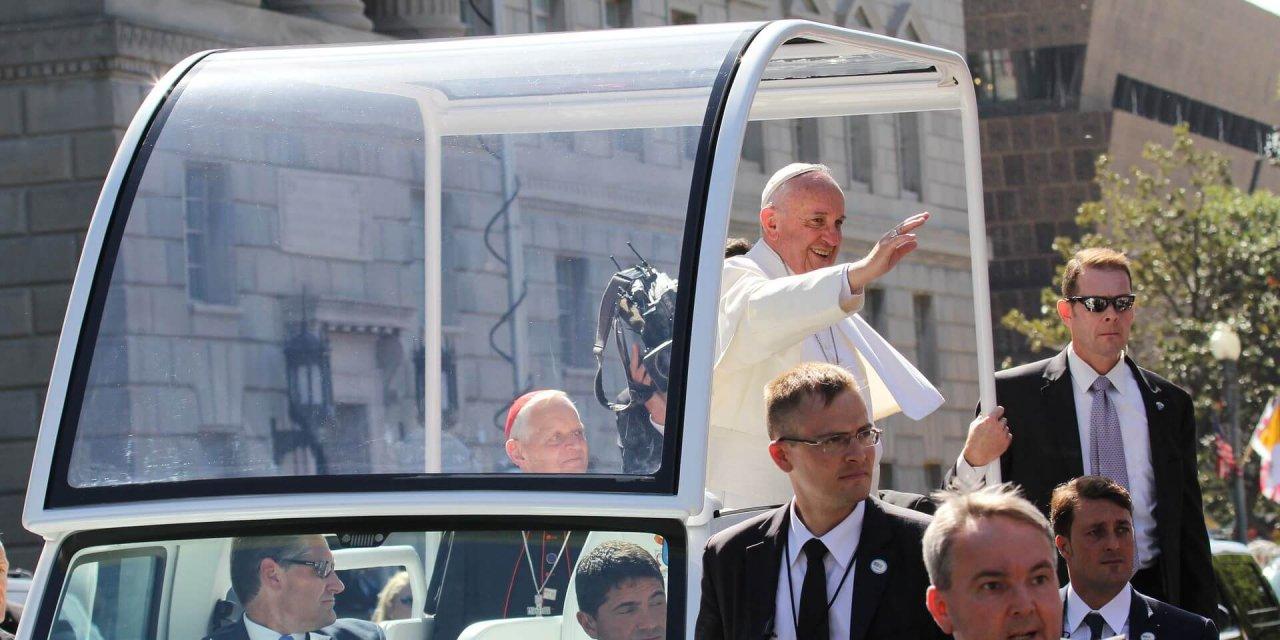 El Vaticano considera permitir que hombres casados se conviertan en sacerdotes