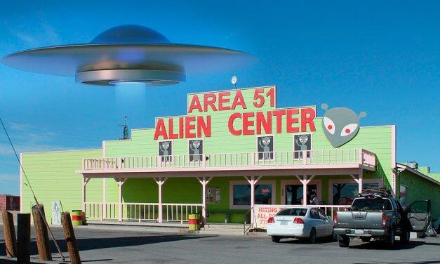 Medio millón de personas atacarían el Área 51 en busca de extraterrestres