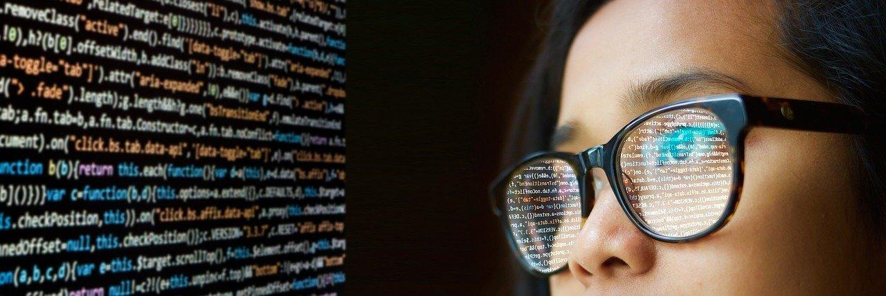 Hoy celebramos el Día del Programador, pero… ¿qué hacen y por qué festejarlo?