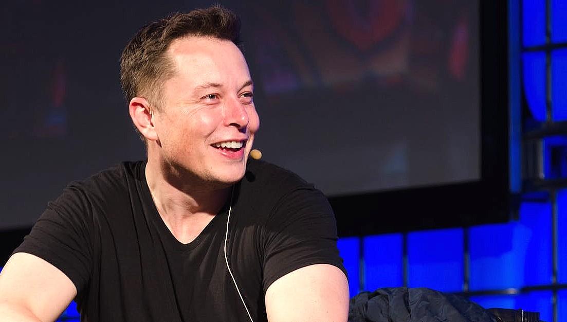 Elon Musk: ASÍ ES EL INTRÉPIDO DIRECTOR DE TESLA MOTORS